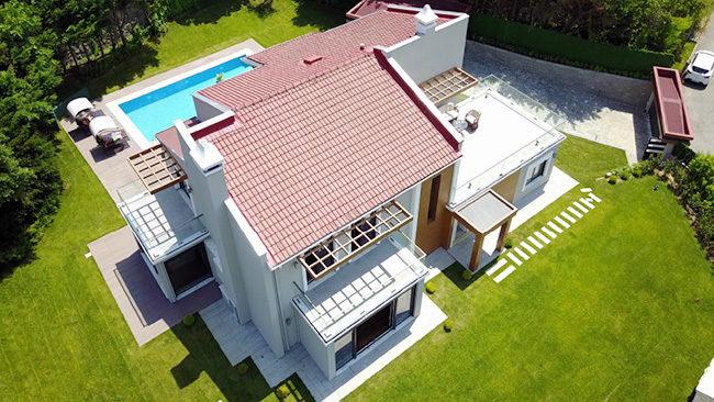Luxurious Villa For Sale in Aleknt 2000